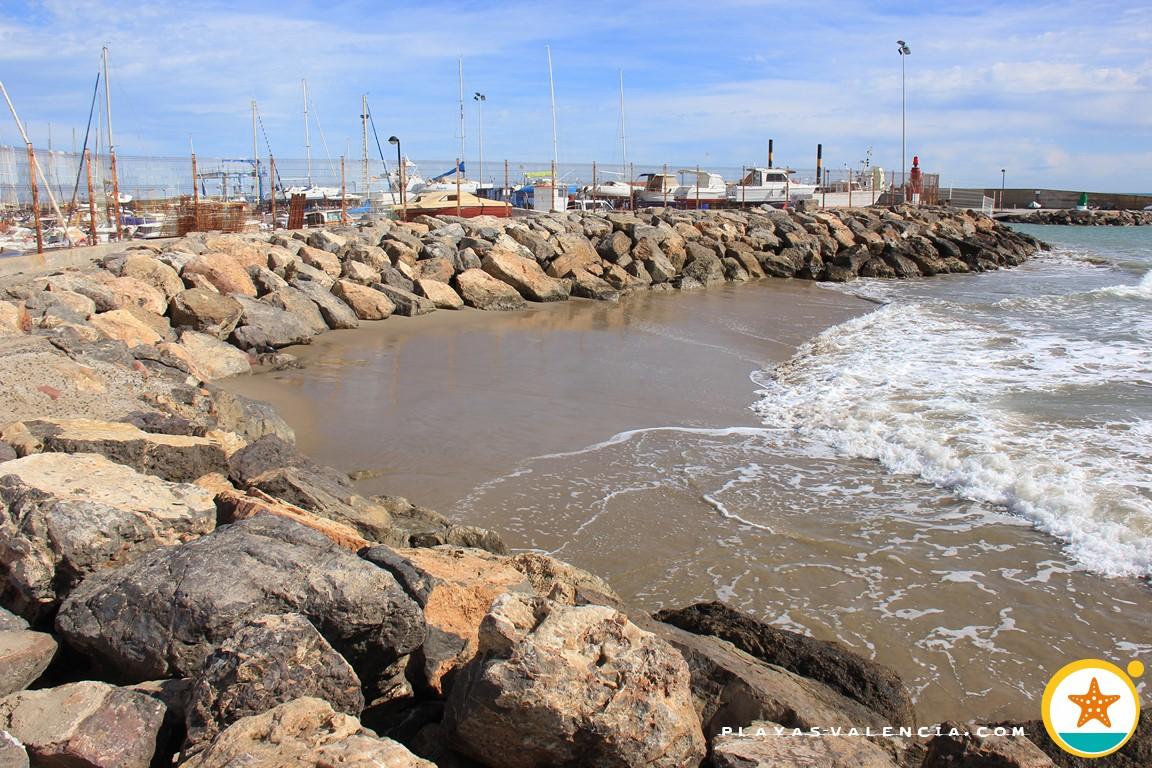 La Caleta Del Port   La Crique Du Port