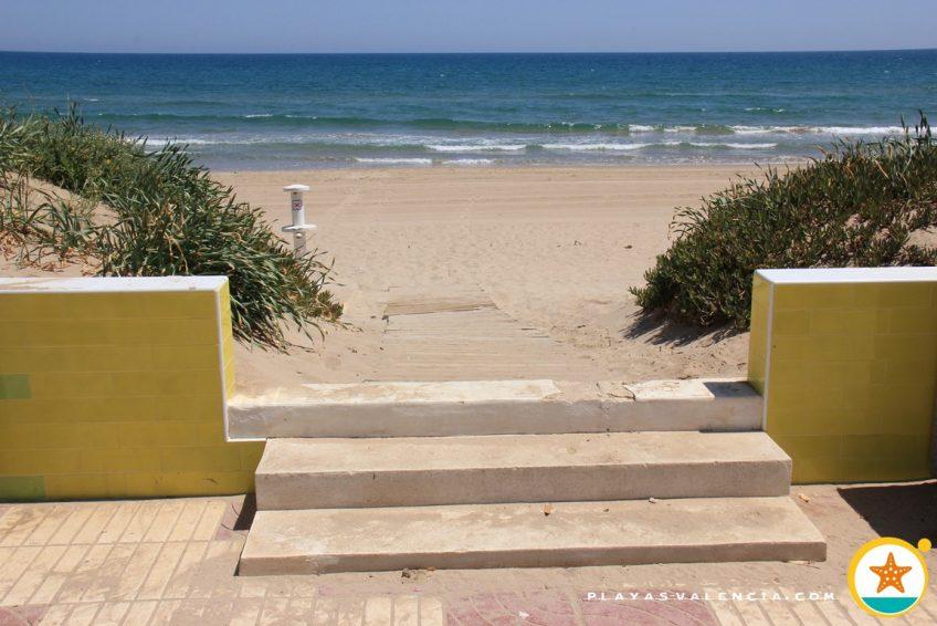 Mareny De Barraquetes Beach Marshland Shacks Sueca County